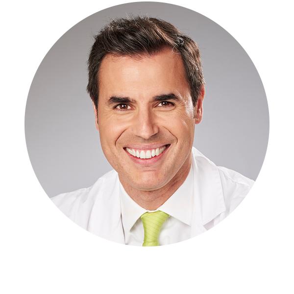 doctor Roberto Fernández Buenaga oftalmólogo