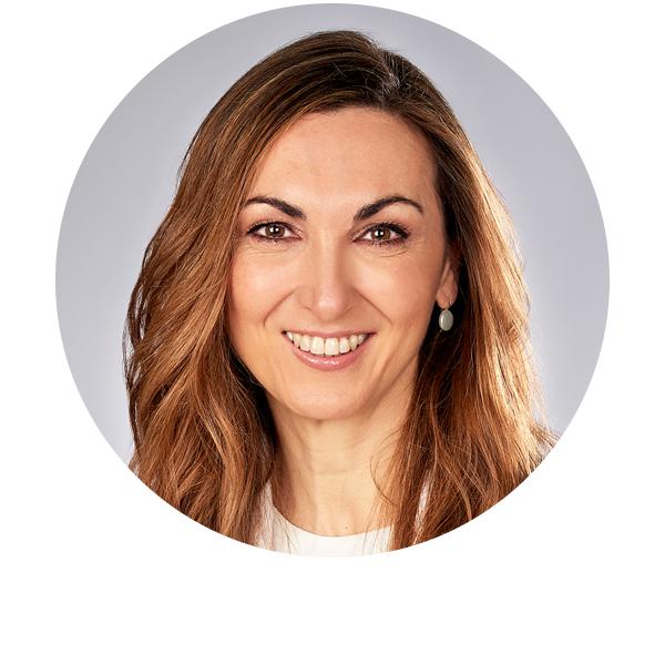 doctora María Teresa Álvarez oftalmóloga