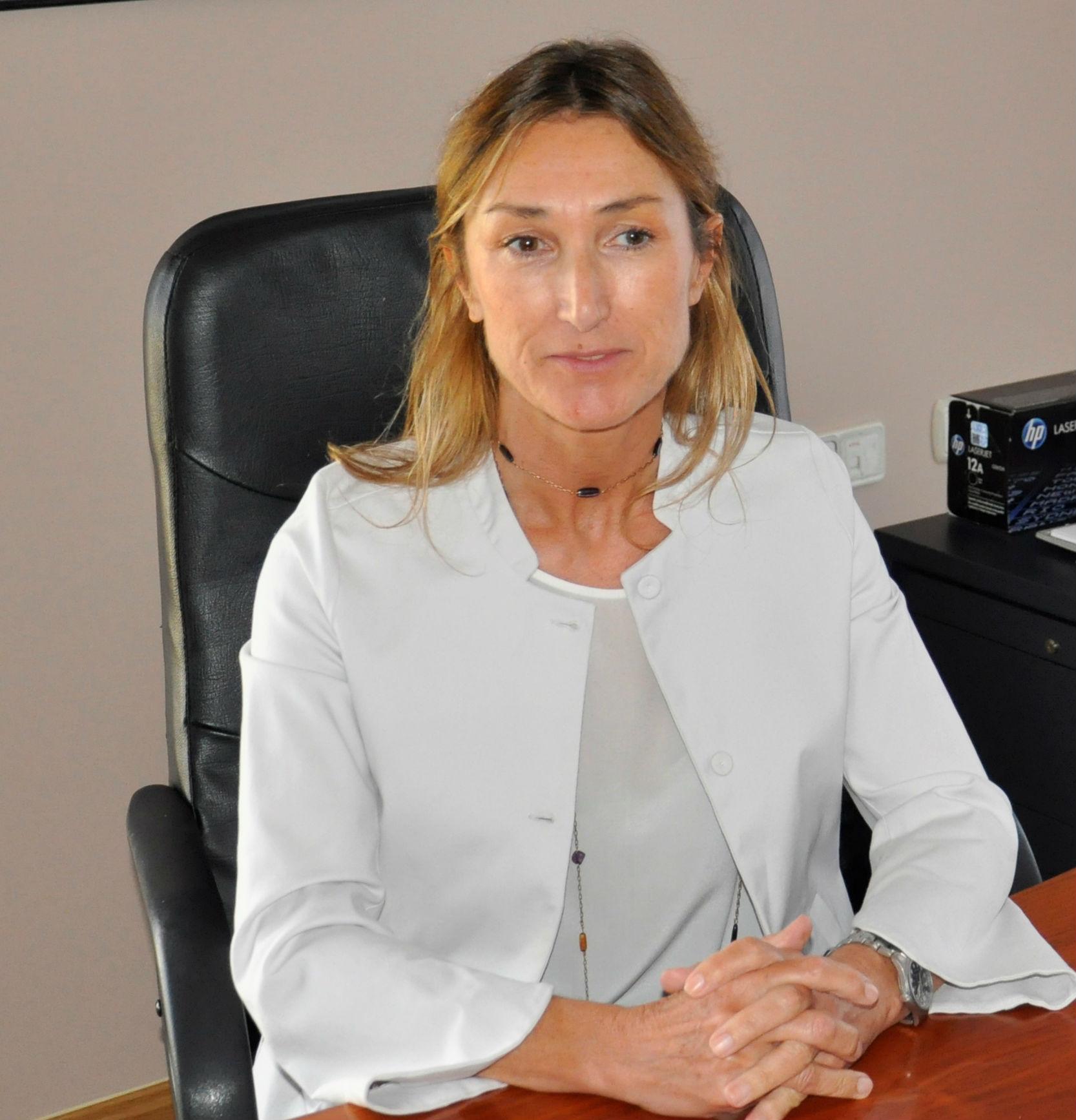 La doctora Marta Figueroa ponente en el primer Retina World Congress, celebrado esta semana en Florida, EEUU