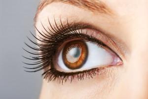 por que cada persona tiene el iris de diferente color