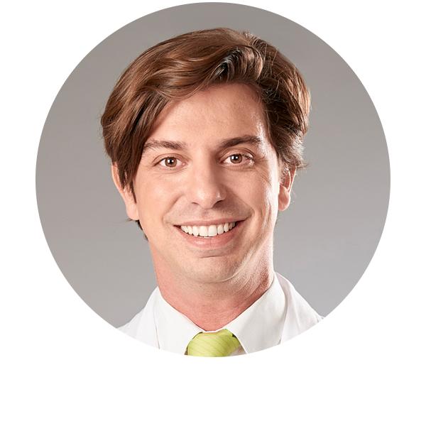 doctor Fernando Cruz oftalmólogo