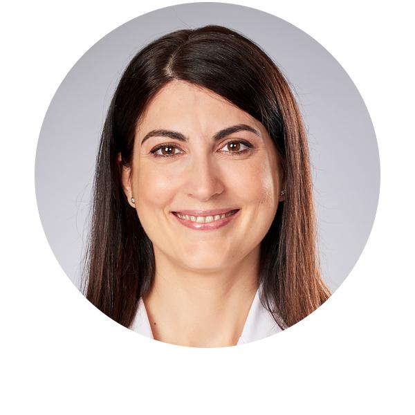 doctora Pilar Casas oftalmóloga