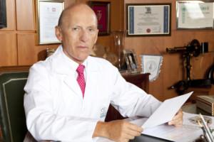 Dr. Jorge Alió, fundador de Vissum Oftalmología